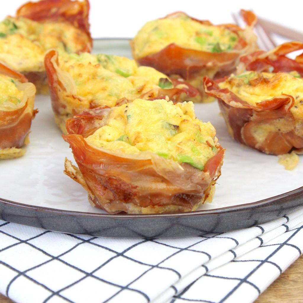 Egg muffins met rauwe ham