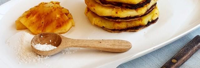 Bananenpannenkoeken met gegrilde ananas