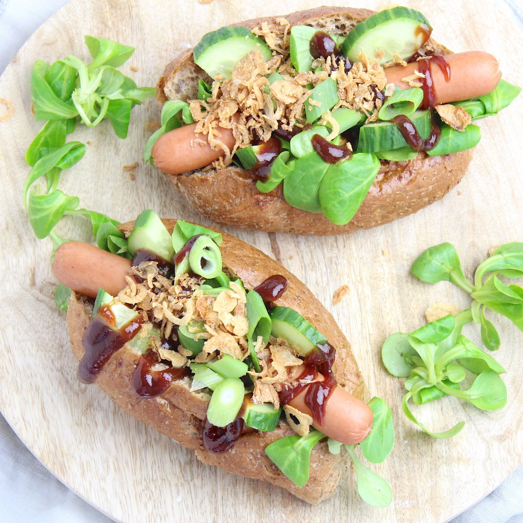 Recept voor een simpel broodje hotdog